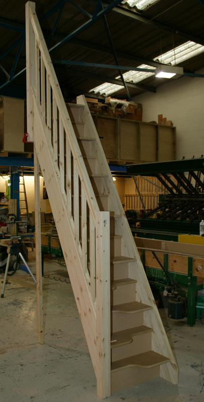 Poundsaver Spacesaving Staircase