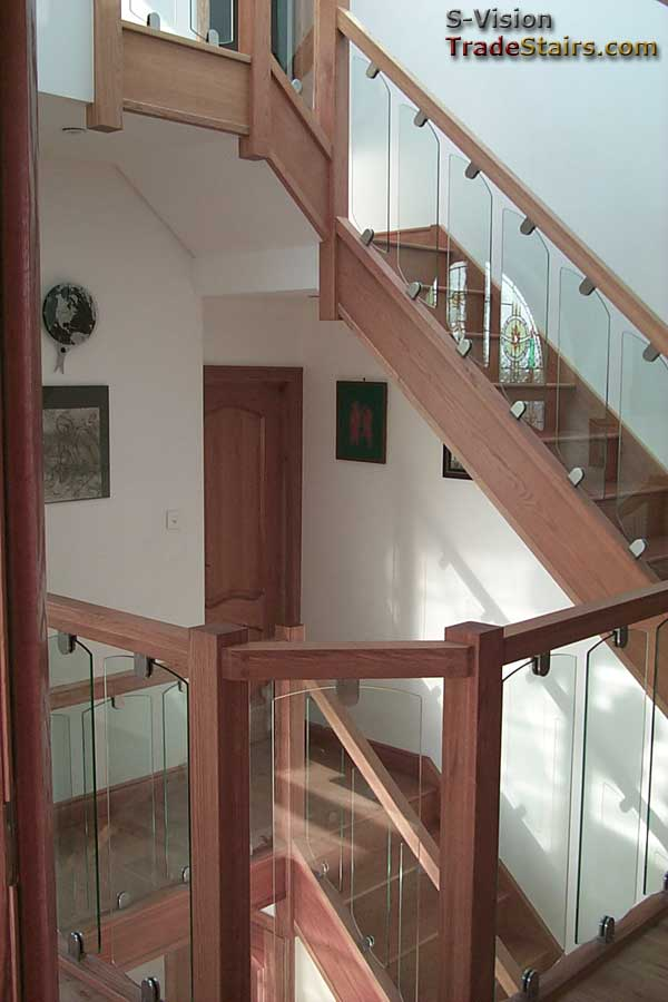 S-Vision glass stair banister