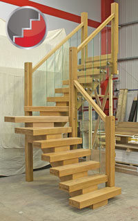 OAk X vision staircase in a winder stair layout