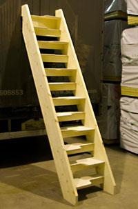 Elegant Bich 24 Loft Staircase