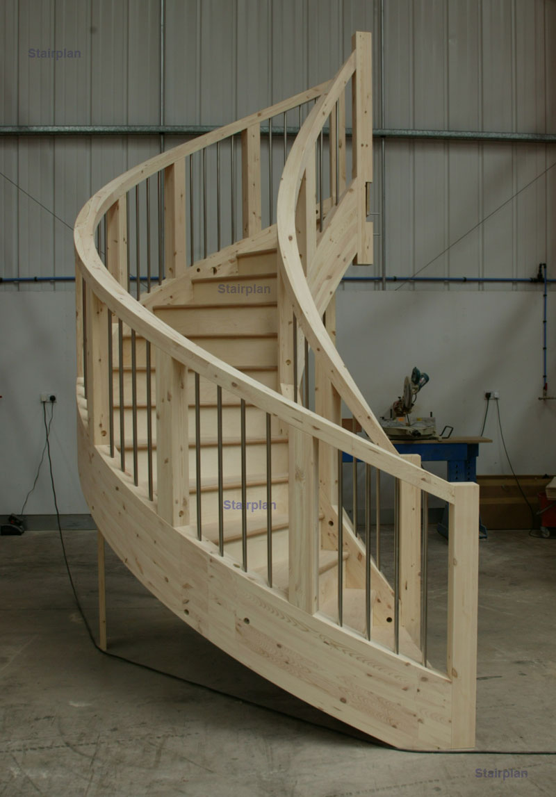 Curcular staircase designs Curved stair strings