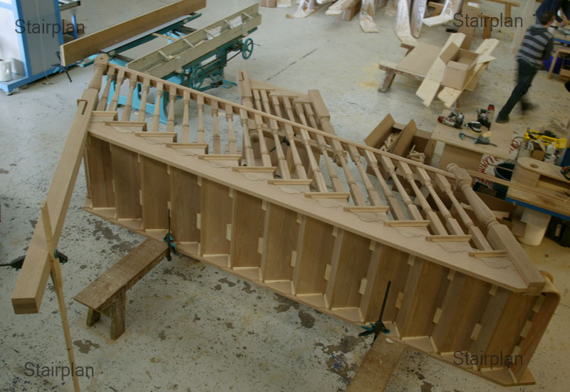 Oak cut string brooklyn staircase