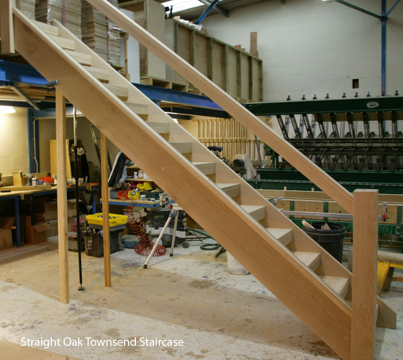 Straight Chunky oak Townsend staircase