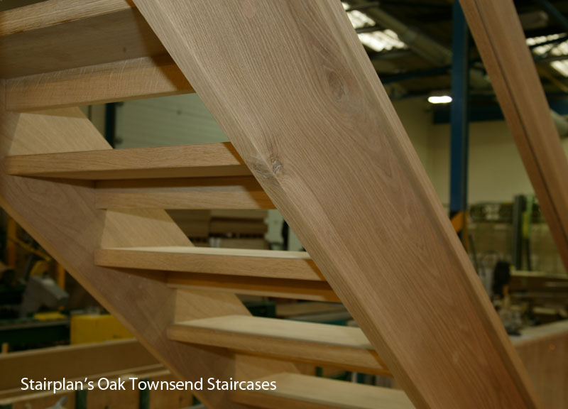 Townsend Oak staircase open treads